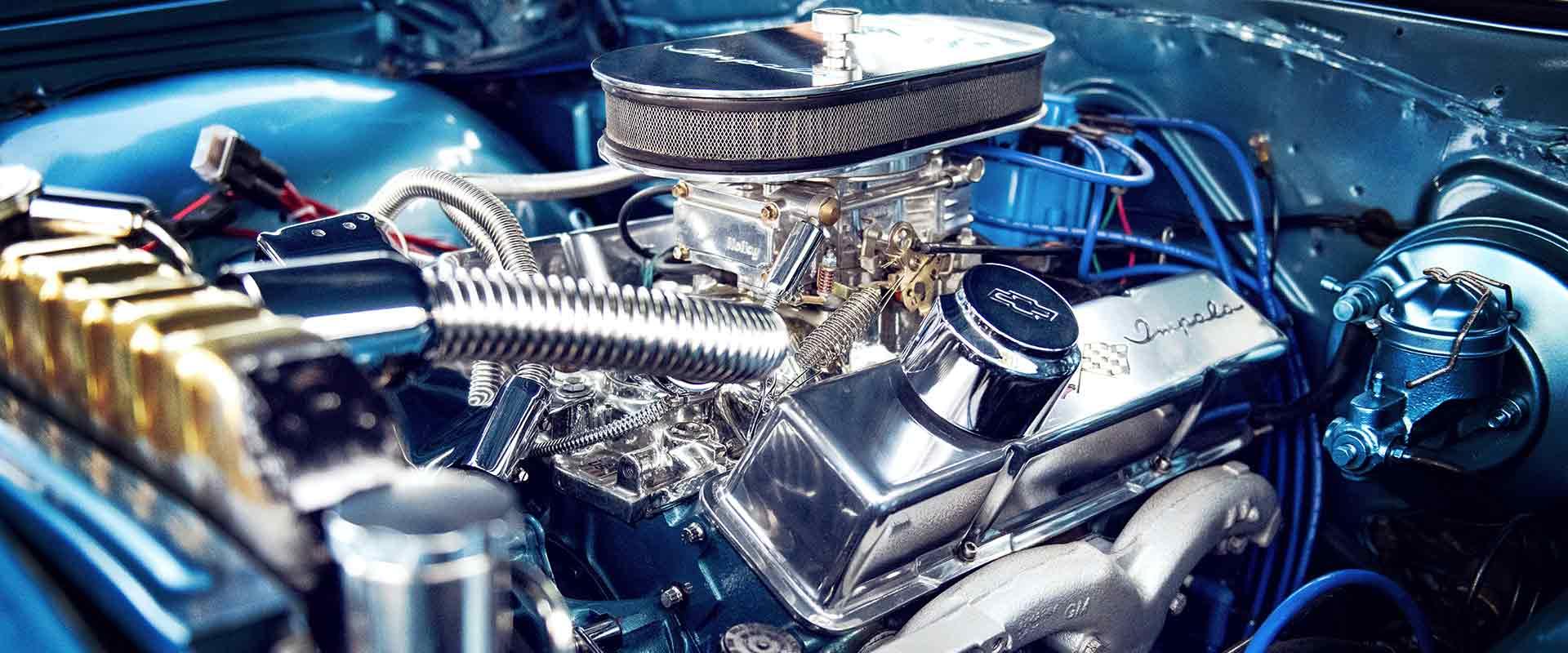 Motorraumreinigung mit Dampf